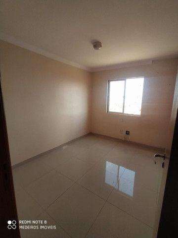 Ágio de apartamento de 75m² com 3qts, 1 suite e fino acabamento-todo no porcelanato ! - Foto 14
