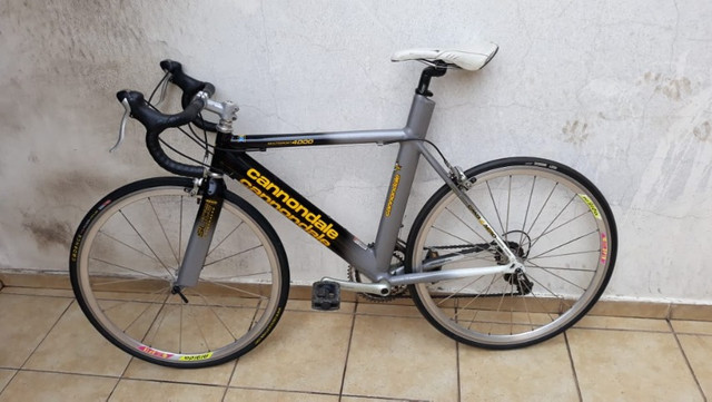 Bicicletas Speed Cannondale Usada