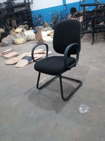 30 Cadeiras diretor reformada - oferta - Foto 2