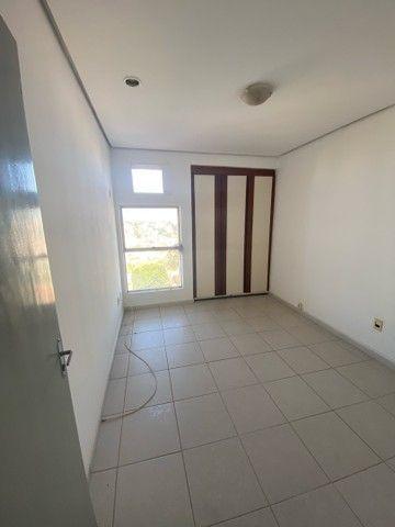 VENDE-SE apartamento no edificio IMPERIAL no bairro CENTRO - Foto 13