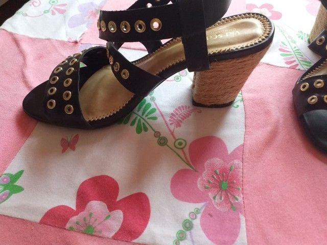 Vendo essa sandália  - Foto 2
