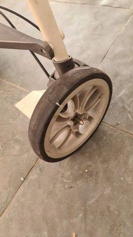 Kit carrinho de bebe + bebe conforto + Moisés marca chicco - Foto 3