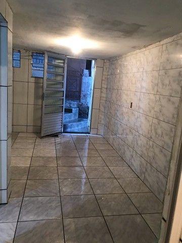 Alugo Casa 2 cômodos  - Foto 2