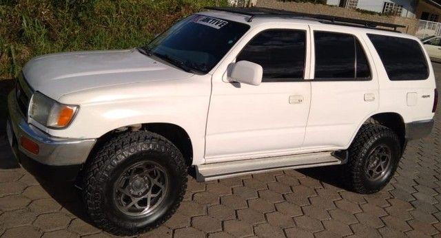 Toyota hilux sw4 3.0 turbo diesel  (4x4 jeep rural whillys Troller Ranger F-75 Niva)