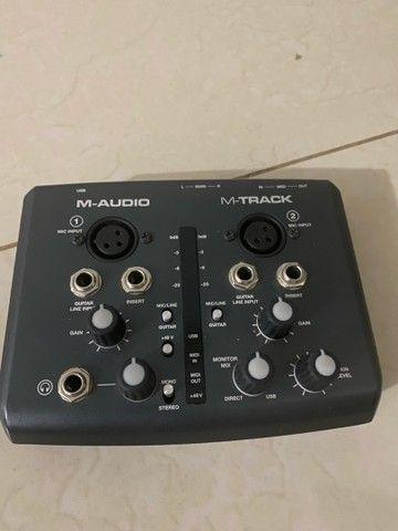 Interface de Audio M-Audio M-Track