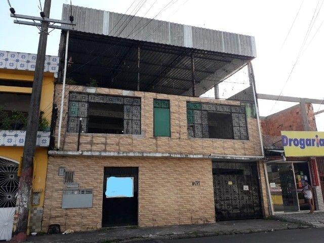 Casa no Santo Agostinho, 3 quartos suítes.