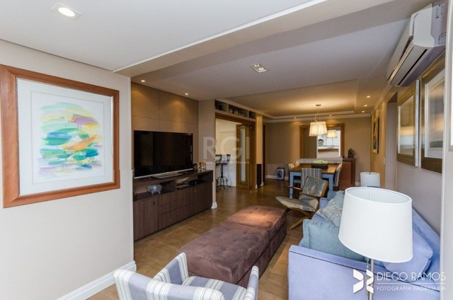 Apartamento à venda com 3 dormitórios em Petrópolis, Porto alegre cod:VP87970