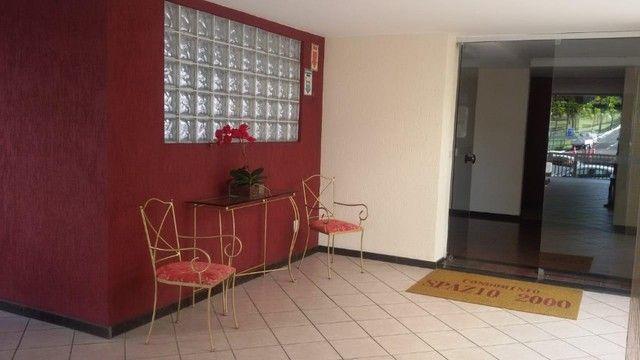 Apartamento 2/4,  à venda na Paulo VI- Pituba - Foto 3