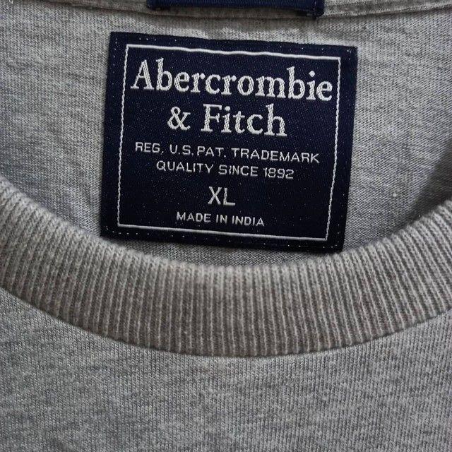 Camiseta Abercrombie & Fitch GG  - Foto 3