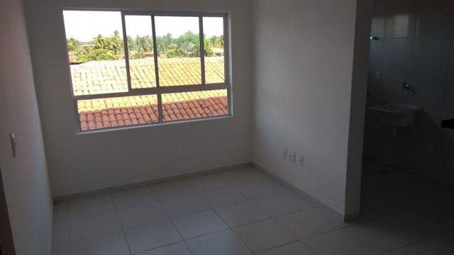 Apartamento no altiplano com 02 quartos - Foto 2