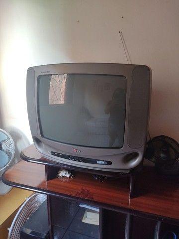 TV e Rack usados  - Foto 2