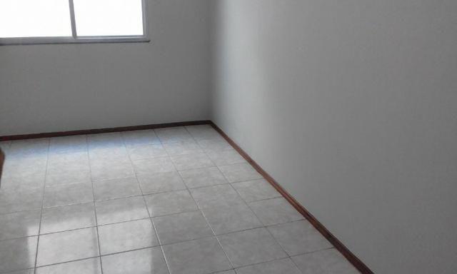 Apartamento em Bonsucesso, 02 Quartos