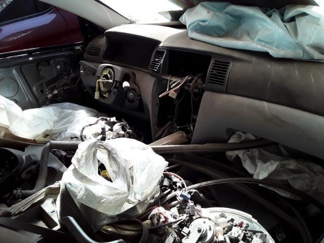 Sucata Corolla XEI 2003 - Foto 3