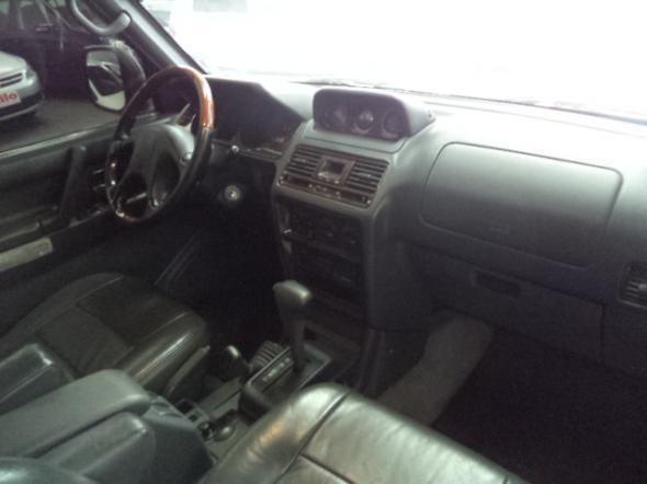 Pajero Gls 3.5 V6 Automatica 4x4 7 Lugares 1999 Prata Confira - Foto 4