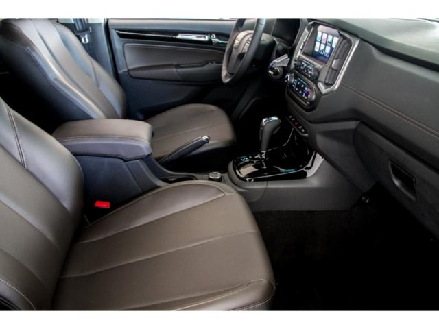CHEVROLET  S10 2.8 HIGH COUNTRY 4X4 CD 2019 - Foto 15