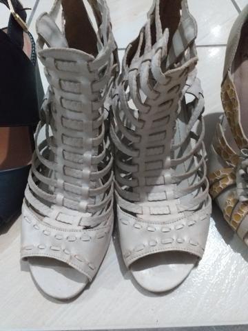 4 pares de sapato 39 - Foto 3