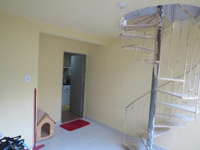 Vendo casa de 2 andares 350,000 no centro de santa maria de jetiba Espirito santo - Foto 6