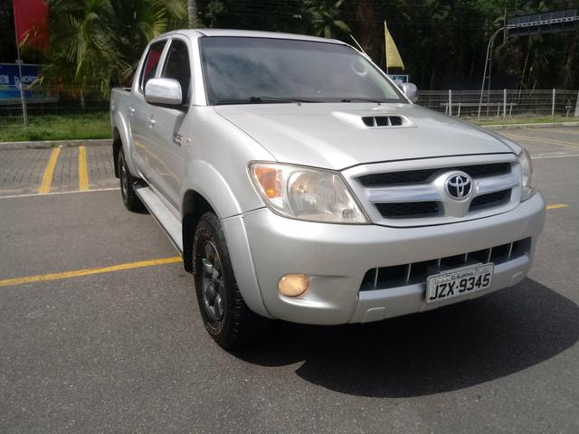 Vendo Hilux 2006 diesel 3.0 4x4 impecável