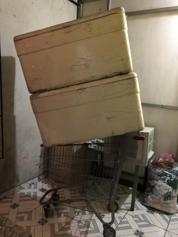 Caixa de isopor 170 litros