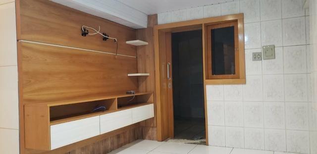 Aluguel de casa aconchegante com 1 quarto e 2 banheiros