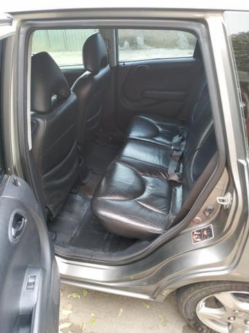 Honda Fit LX 1.4 Mec 06/07 - Foto 6