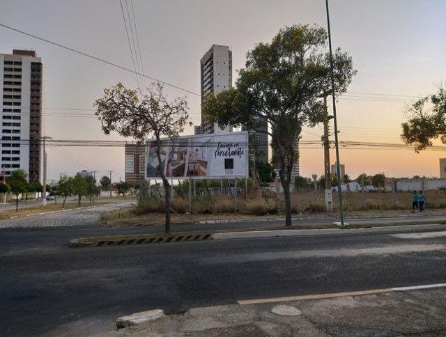 Aluga-se terreno urbano, localizado na avenida joao da escosia - Foto 9