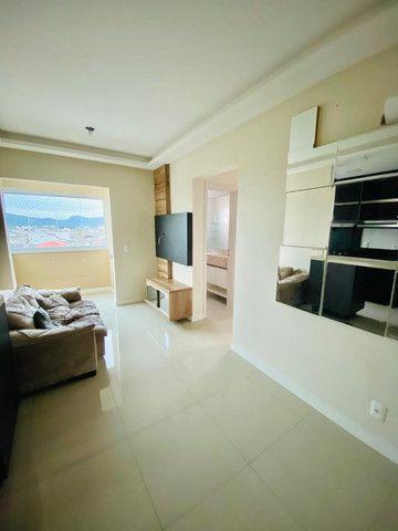 Apartamento cordeiros parte alta mobiliado - Foto 10