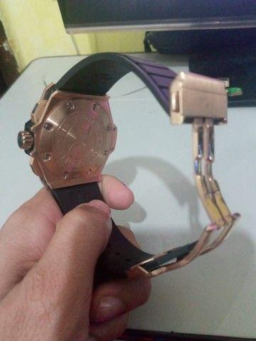 Relógio Hublot prova d'água bem conservado - Foto 2