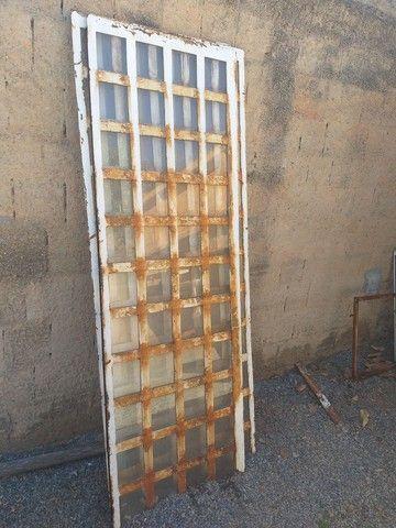 Portas de Ferro - Foto 4