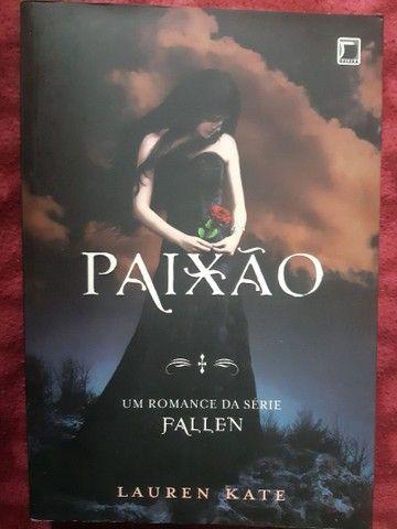 Saga de livros Fallen - Foto 3