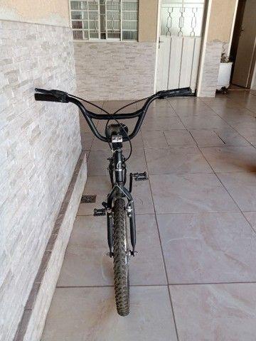 Bike aro 20 Caloi semi nova.  - Foto 2