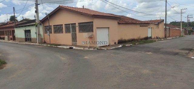 Casa de esquina Bairro Unipark - Várzea Grande