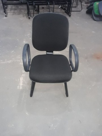 30 Cadeiras diretor reformada - oferta - Foto 3