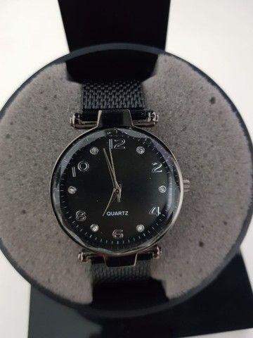 Compre 1 Leve 2 Relógios Skin Feminino. De 150 por 75 - Foto 5