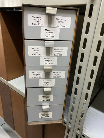 Gaveteiro de eucatex 5 gavetas 39x40x13x6,5