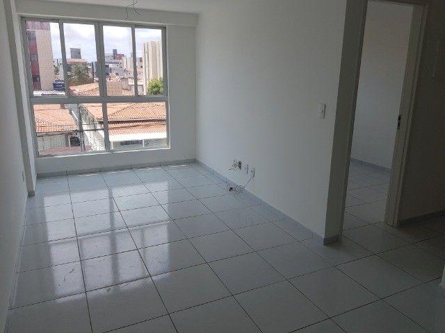 Apartamento Bancários 02 Qtos Elevador e Piscina Novo Frente Sul (BA21) - Foto 7