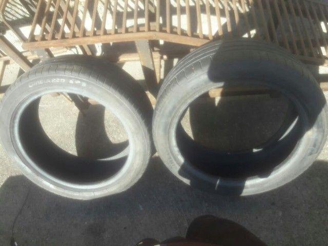 Vendo ou troco rodas aros 17 com pneus novos  - Foto 2