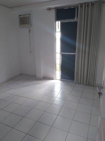 Aluga-se ótimo apartamento c/ garagem (iptu e condomínio inclusos) - R$ 1.400,00 - Foto 8
