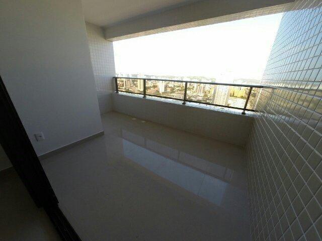 Spazzio Verdi Residencial; 3/4, sendo 2 suítes; Sombra total; 99m²; 2 vagas; em Lagoa Nova