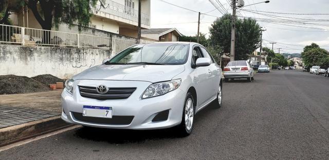 Toyota Corolla GLI 1.8 automatico couro