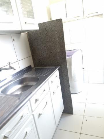 Alugo Guarujá com mobília na cozinha - Foto 2