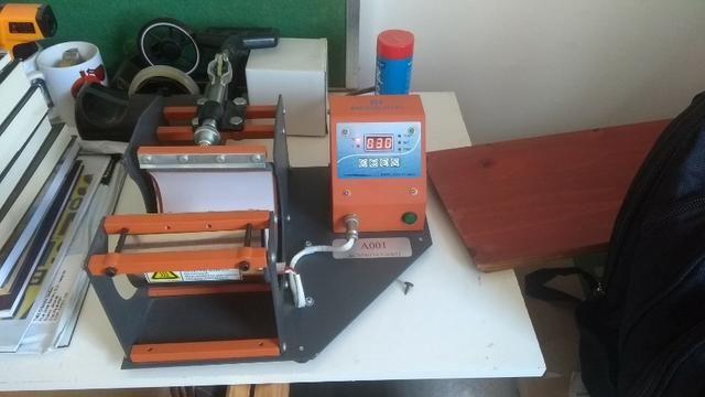 Vendo prensa de caneca - 110V da Mecolour