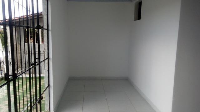 Casa Vila Canaria 1º andar Rua Principal Ótima Localização R$ 700,00 Ligue: 3215-4603 - Foto 11