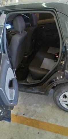 Fiesta class sedan 1.6 estado de zero! - Foto 7