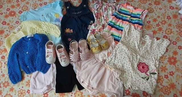 (Feminino)10 peça de roupa + um sapatinho é 2 sandálias tudo isso por apenas 150,00