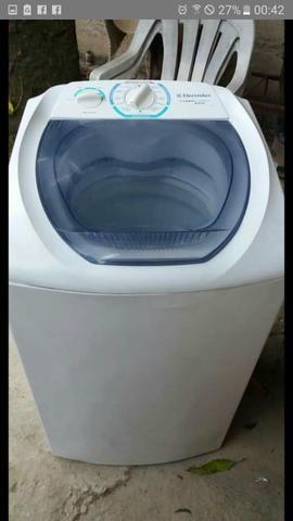 Vendo maquina de lavar electrolux 6kg vai com 2meses de garantia entrego no local