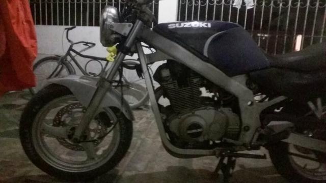 Vendo ou troco por moto do meu gosto