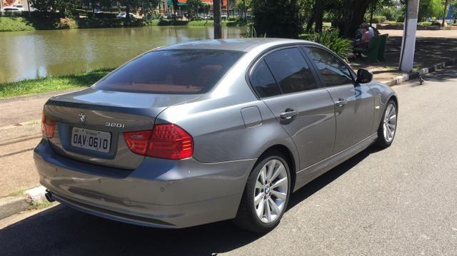 BMW 320i Gasolina 2.0 4P Automático - Foto 2