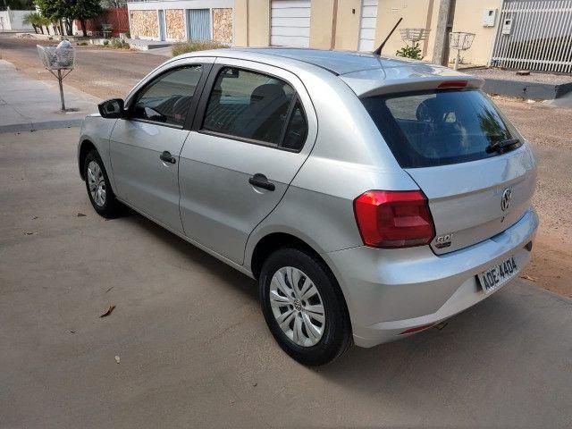 Volkswagen Novo Gol - Trend Line - 2016/2017 - Cor Prata - 4 portas - Foto 9