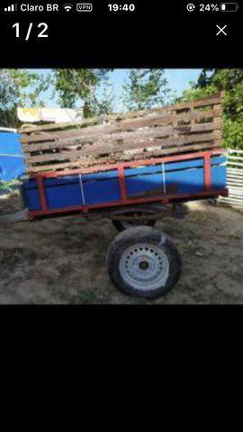 Carroça de madeira maçiça